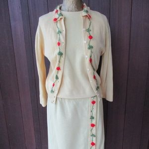 50's Vtg Cardigan Skirt Suit 3pc Yellow Embroidery